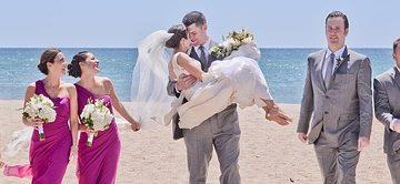 Quelle est la définition de la tenue de cérémonie pour les invités de mariage ?