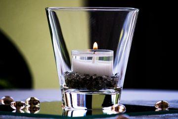 Comment faire des bougies en utilisant l'huile de noix de coco
