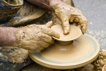 Comment faire des sculptures de boue