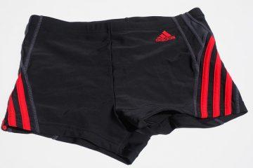 Short de flottaison ou maillot de bain