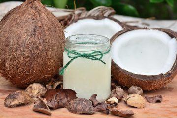 Démêlant à l'huile de noix de coco maison
