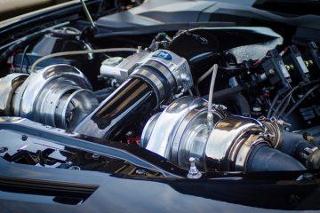 Qu'est-ce qui fait décrocher une voiture à l'accélération ?