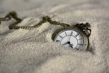 Comment régler les carillons d'une horloge de 31 jours