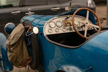 Comment construire votre propre intérieur de voiture personnalisé