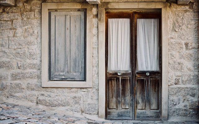 Comment Remplacer Un Rebord De Fenêtre Pourri à Lu0027extérieur