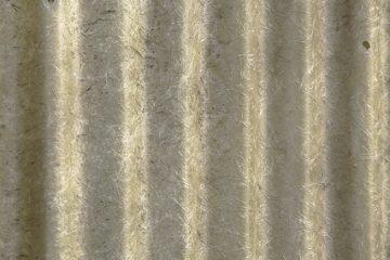 Différence entre la fibre de verre et le plâtre moulé.
