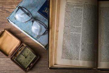 Avantages et inconvénients des manuels scolaires numériques