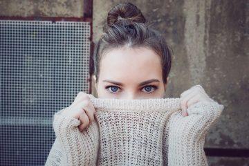 Comment étirer un vêtement en laine ratatinée