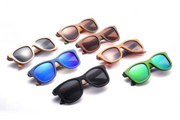 Comment réparer une charnière sur les lunettes Ray-Ban Wayfarer Eyeglass ?