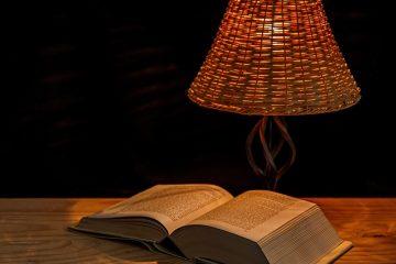 Comment changer l'abat-jour d'une lampe