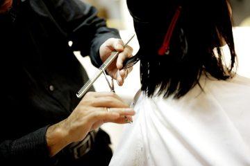 Comment insérer un peigne à cheveux