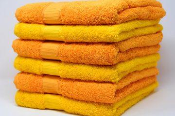 Comment plier une serviette de table comme un soutien-gorge