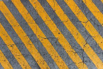 Comment préparer les planchers de béton pour les revêtements de sol stratifiés
