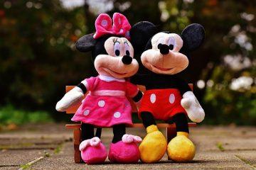 Comment faire un costume de souris Mickey Mouse adulte