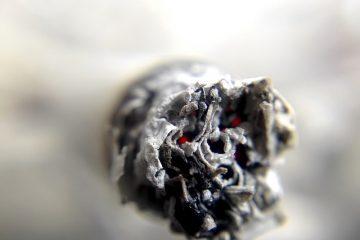 Comment fumer une cigarette sans filtre
