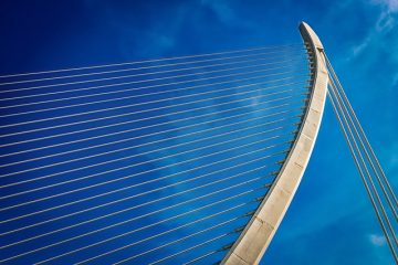Résistances et faiblesses des ponts suspendus