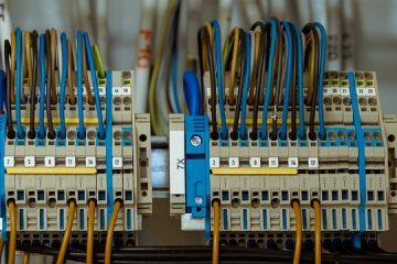 Comment remplacer un fusible dans un connecteur