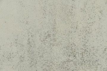 Comment réparer les fissures profondes dans le plâtre