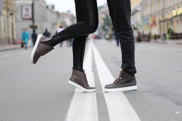 Comment empêcher les chaussures en cuir verni de grincer.