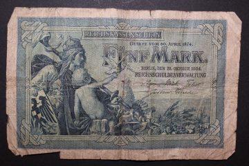La valeur des billets de banque à certificat d'argent.