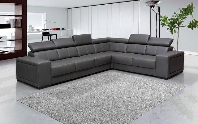 Comment Décorer Mon Salon Avec Un Canapé En Tissu Et Cuir.