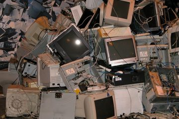 Comment démarrer une entreprise de recyclage des déchets électroniques