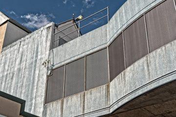 Comment fabriquer vos propres pavés d'entrée de garage en béton