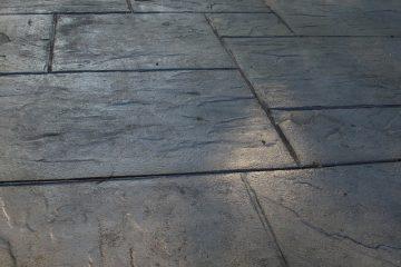 Comment nettoyer les dalles de béton sur un patio