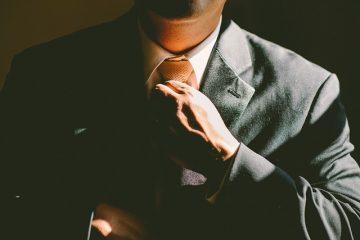 Comment nouer un nœud cravate