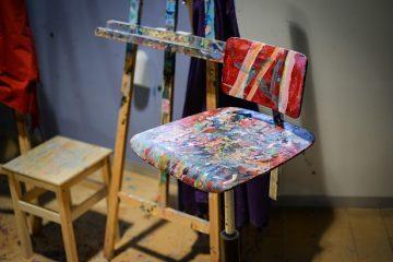 Comment peindre des meubles chromés