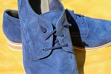 Comment réparer les fissures dans les chaussures en cuir et les bottes en cuir.